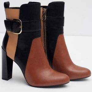《ZARA》Trafaluc Color Block Ankle Heeled Booties